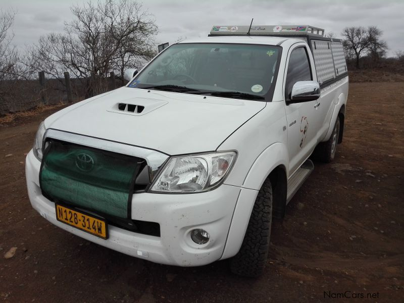 Pre-owned Toyota Hilux 3.0 D-4D 4x4 Raider S/C for sale in