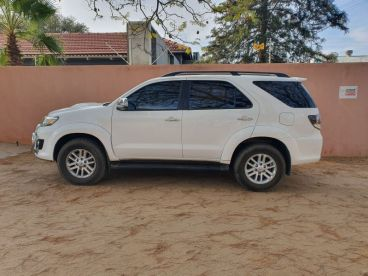 Pre-owned Toyota Fortuner 3.0 DVD for sale in