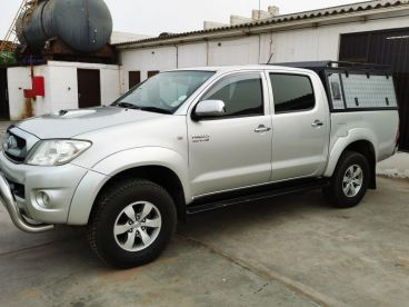 Pre-owned Toyota Hilux D4D 4x4 for sale in