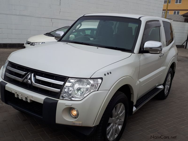 Pre-owned Mitsubishi Pajero 3.8 V6 4x4 for sale in