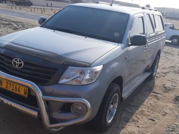 Pre-owned Toyota Hilux 2.0 for sale in