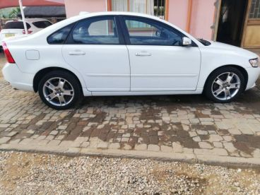 Pre-owned Volvo S40 D5 for sale in