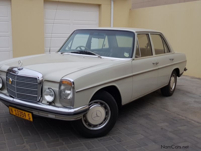 Pre-owned Mercedes-Benz 220 for sale in