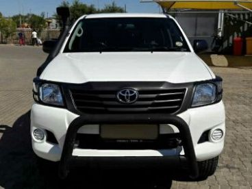 Pre-owned Toyota HI-LUX 2.5 D4D SRX DOUBLE CAB 4X4 MANUAL for sale in