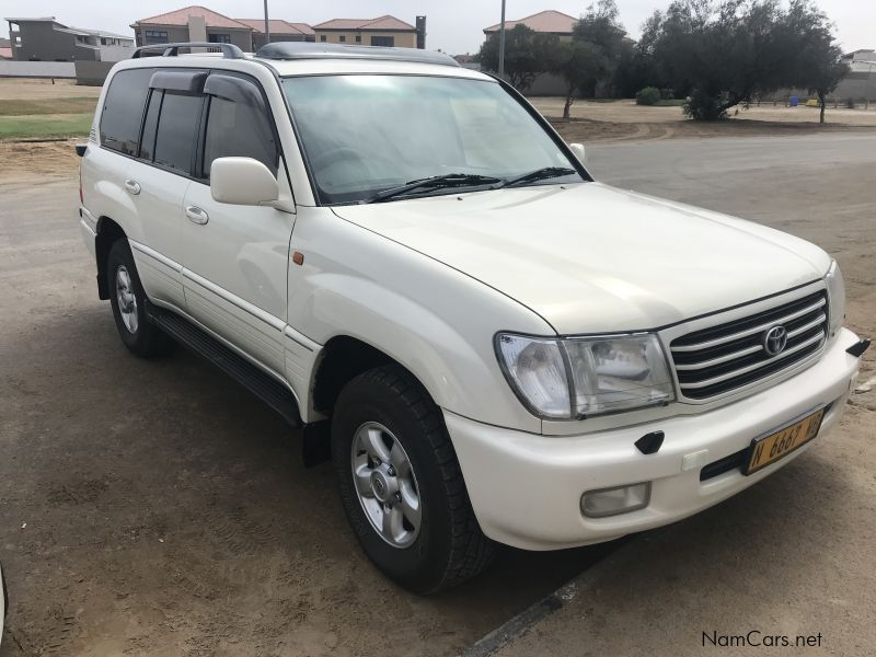 Pre-owned Toyota Land Cruiser VX 4.7 V8 for sale in