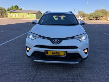 Pre-owned Toyota Rav4 2,0 for sale in