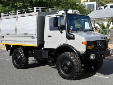 Pre-owned Mercedes-Benz Unimog 1650L (427) for sale in