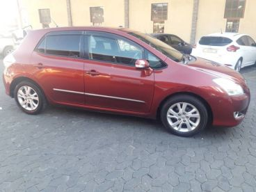 Pre-owned Toyota Blade for sale in