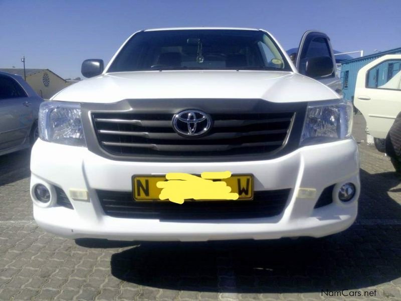 Pre-owned Toyota Hilux VVTI 2.0 for sale in