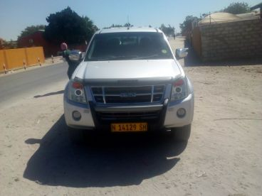 Pre-owned Isuzu KB350 for sale in