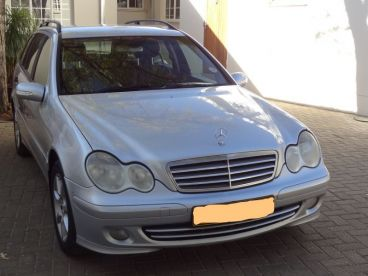 Pre-owned Mercedes-Benz C 200 Kompressor for sale in