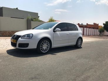 Pre-owned Volkswagen Golf 5 GT 2009 for sale in