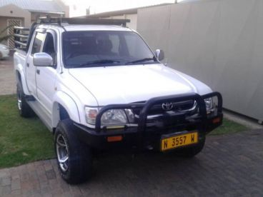 Pre-owned Toyota Hilux V8 4 litter for sale in
