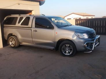Pre-owned Toyota Hilux 2.0 vvti for sale in