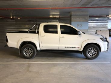 Pre-owned Toyota Hilux 3.0D4D Legend 45 for sale in