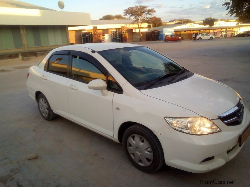 Pre-owned Honda Fit Aria for sale in
