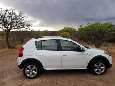 Pre-owned Renault Sandero Stepway 1.6 for sale in