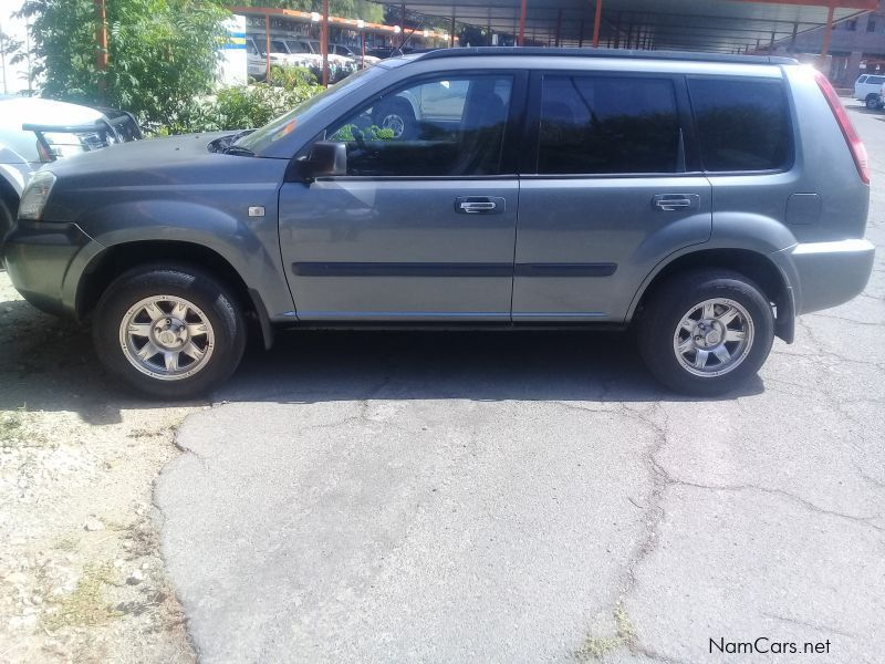 Pre-owned Nissan X-Trail, 2.0 for sale in