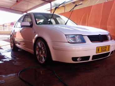 Pre-owned Volkswagen Bora 1.6 for sale in