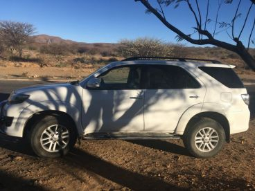 Pre-owned Toyota fortuner 4.0 V6 4x4 for sale in
