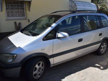 Pre-owned Opel Zafira for sale in