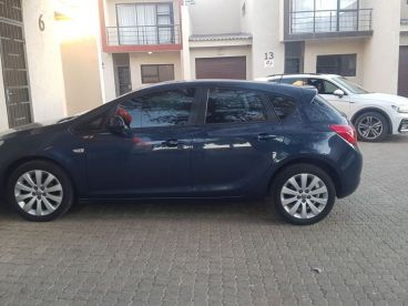 Pre-owned Opel Astra for sale in