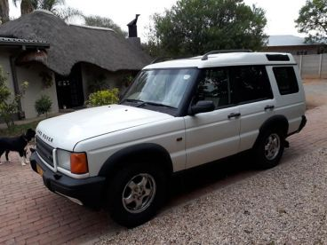 Pre-owned Land Rover Discovery 2 for sale in