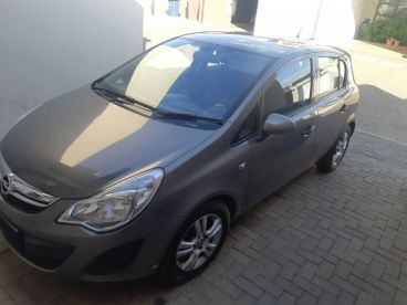 Pre-owned Opel Essent 1.4 for sale in