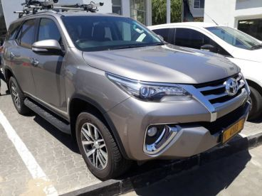 Pre-owned Toyota Fortuner 2.8 D 4x4 for sale in