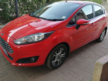 Pre-owned Ford Fiesta 1.0 ecoboost powershift Automatic for sale in