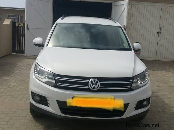 Pre-owned Volkswagen Tiguan 1.4 tsi bluemotion for sale in