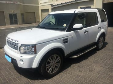 Pre-owned Land Rover Discovery 4 HSE 3.0L SDV6 for sale in
