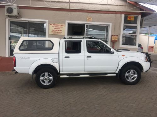 Used Nissan HARDBODY NP300 2.5 TDI 4X4 D/C for sale in Windhoek