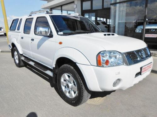 Used Nissan NP300 2.5 Tdi D/C 4x4 for sale in Swakopmund
