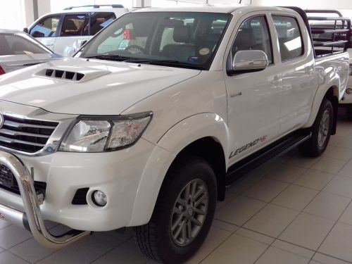 Used Toyota Hilux 3.0 D4D D/Cab 4x4 Legend 45 in Namibia