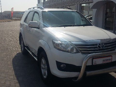 Used Toyota Fortuner 4.0 V6 4x4 Auto in Namibia