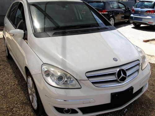 Used Mercedes-Benz B-180 ELIGANCE EDITION for sale in Windhoek