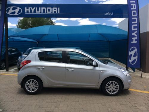 Used Hyundai i20 1.6 GL Manual for sale in Windhoek