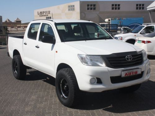 Used Toyota Hi Lux 2.5 SRX 4x4 D/Cab for sale in Swakopmund