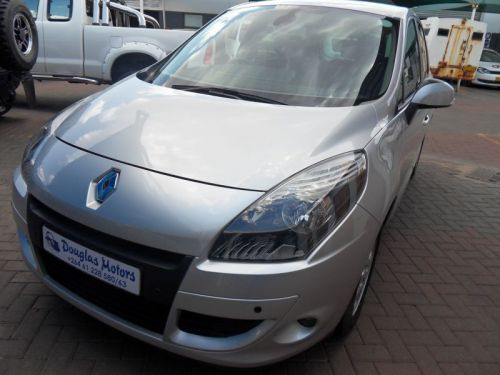 Used Renault Renault Scenic 1.9 Dci for sale in Windhoek