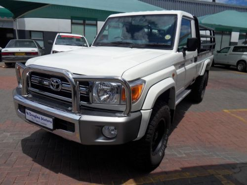 Used Toyota Landcruiser 4.0 Petrol S/C 4x4 for sale in Windhoek