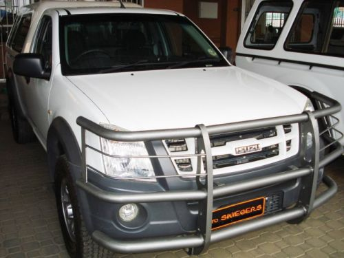 Used Isuzu KB 240 LE S/C for sale in Windhoek