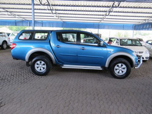 Used Mitsubishi TRITON 2.5 D/C 4X2 for sale in Windhoek