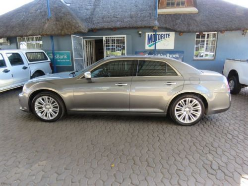 Used Chrysler 300C 3.6 LUX A/T for sale in Windhoek
