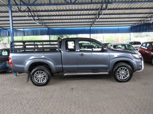Used Toyota HILUX 30 D4D E/CAB 4X4  DAKAR for sale in Windhoek