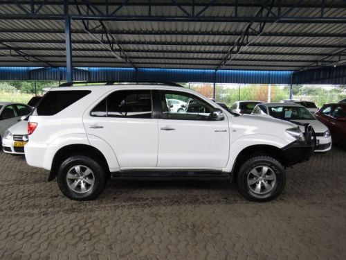 Used Toyota FORTUNER 3.0 D4D 4X4 for sale in Windhoek