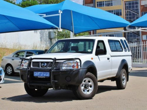 Used Nissan NP 300 LWB Hardbody in Namibia