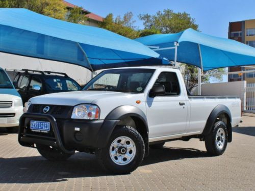 Used Nissan NP 300 Hardbody for sale in Windhoek