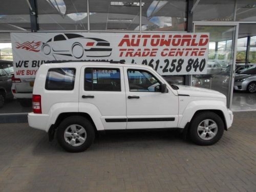 Used Jeep Cherokee 3.7 Sport A/t for sale in Windhoek