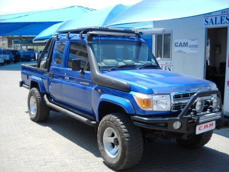Used Toyota Land Cruiser 4.0 V6 4x4 X Cabe for sale in Windhoek